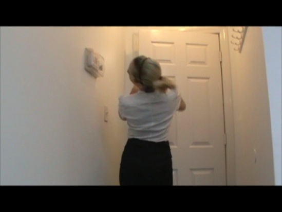 LydiaDoorintheFace